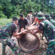 Tiga Matra TNI Bangun Jembatan di Desa Danti