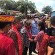 Bukti Pembangunan, Wabup Sekadau Resmikan Tiga Bangunan di Desa Tapang Pulau