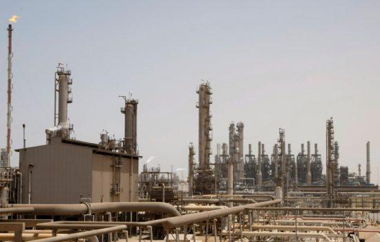 Rudal Pemberontak Houthi Hantam Kilang Minyak Arab Saudi di Jeddah