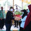 Wagub Lampung, Serahkan Pupuk dan Bibit, Ini Kata Nunik