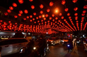 FOTO: Lampion Hiasi Malam Perayaan Imlek di Pontianak