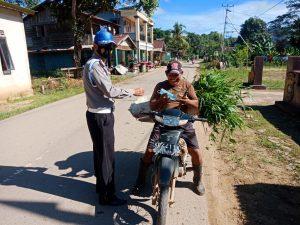 Petugas Masih Temukan Warga Kurang Disiplin Terapkan Prokes Dalam Gelar Operasi Yustisi