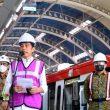 Jokowi Targetkan LRT Beroperasi Juni 2022