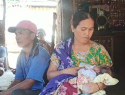 Basnaz Lotim Salurkan Bantuan pada Bayi Pengidap Tumor