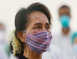 Aung San Suu Kyi Sakit, Tidak Hadir di Pengadilan
