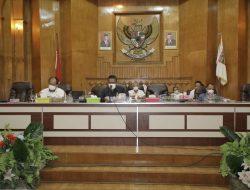 Bupati Asahan Jawab PU Fraksi DPRD terhadap Raperda Perubahan APBD 2021